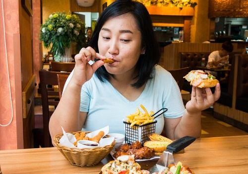 Binge Eating? Stop It Now!!