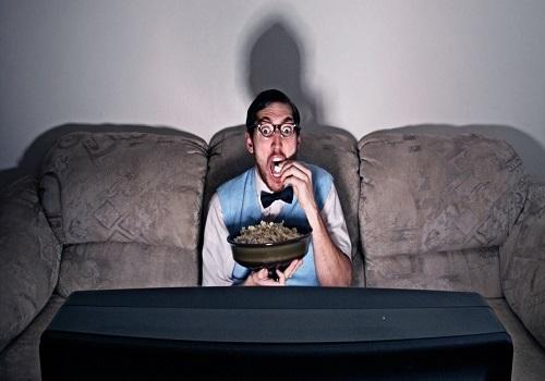 Health Precautions To Take While Binge-Watching