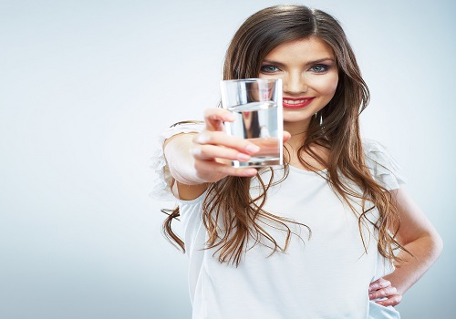 Some Surprising Health Benefits Of Drinking Water